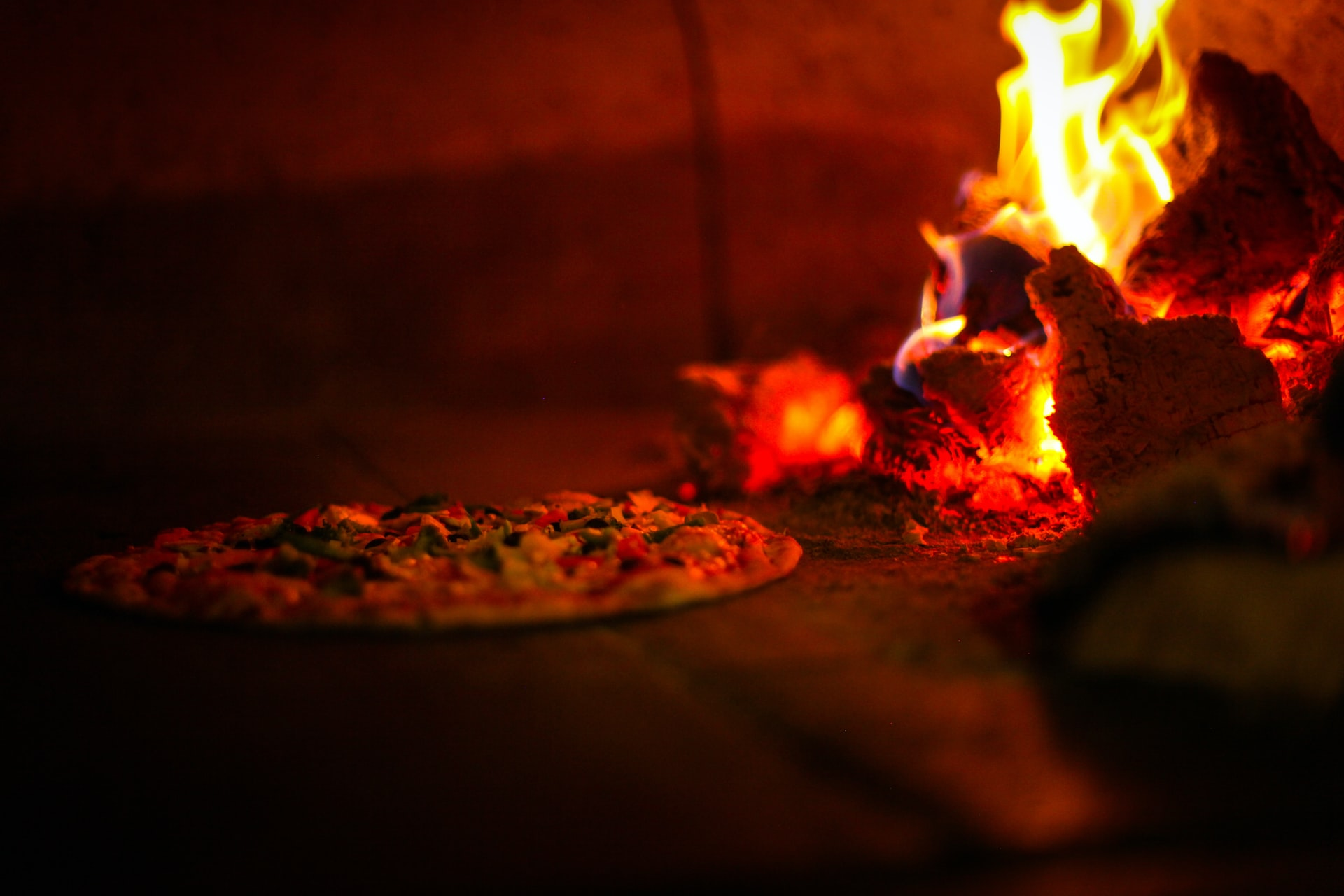 thumbnail image for blog Menomale Brings Neapolitan Pizza to DC
