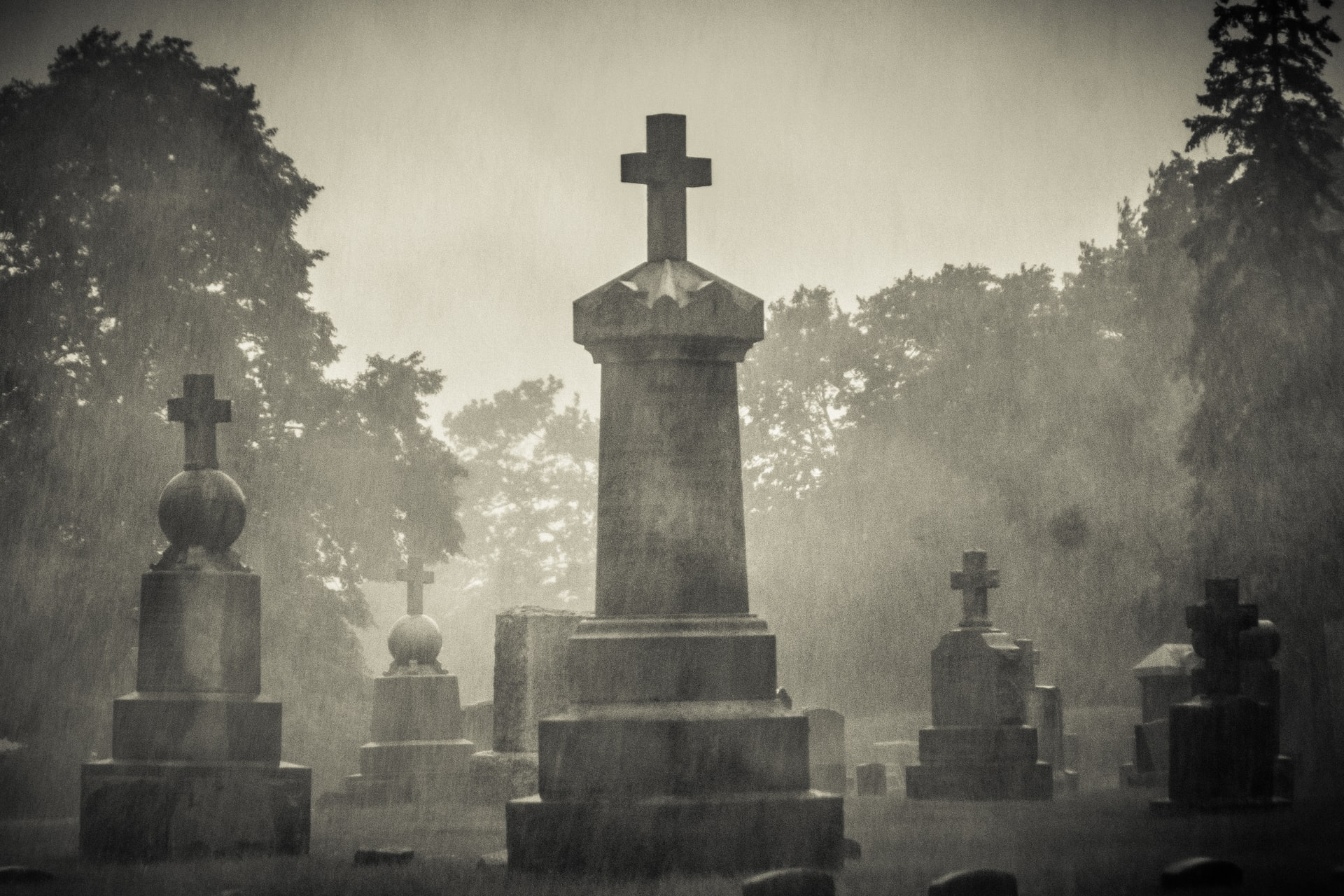 thumbnail image for blog DC Ghost Tours: A Must-Do Halloween Experience Near 880P